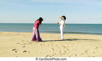 amusement, couple, plage, avoir