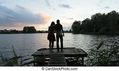 amusement, couple, rivière, quai, avoir