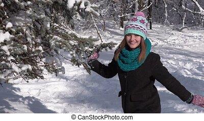 amusement, girl, arbre, neige, avoir
