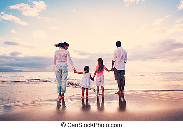amusement, plage, coucher soleil, avoir, famille