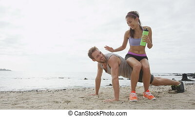 amusement, rire, avoir, couple, fitness, ensemble