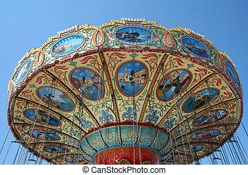 Amusement swing ride