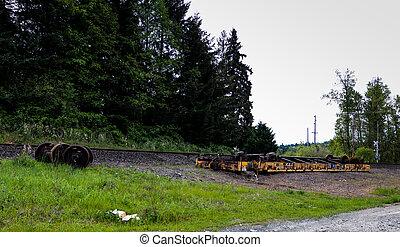 an, הפוך, derailed, מכונית של רכבת, *משקר/שוכב ליד, ה,...