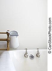 old fashioned bathroom - an old fashioned bathroom with bath...