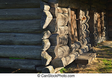 An old house of large wooden logs