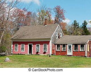 An old pink house in Ellsworth, Maine
