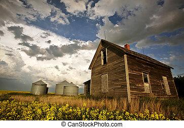 An old Saskatchewan homestead