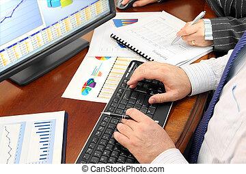 analizing, data, kantoor