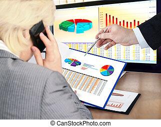 analizując, dane, .