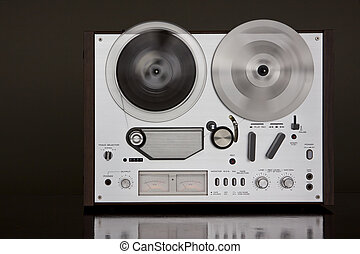 Analog Audio Stereo Reel To Reel Tape Recorder - Vintage ...