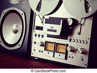 Analog Stereo Open Reel Tape Deck Recorder VU Meter Device