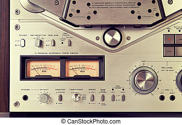 Analog Stereo Open Reel Tape Deck Recorder VU Meter Device Close