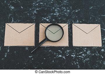analyser, loupe, spam, ton, inbox, spécifique, contre, filtrage, dehors, enveloppe, groupe, email
