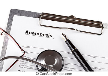 anamnesis form on the clipboard
