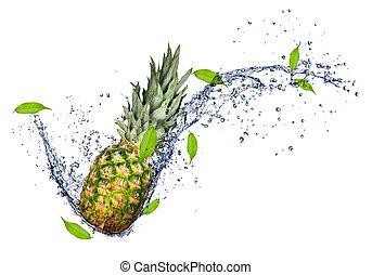 ananas, dans, eau, éclaboussure, isolé, blanc, fond