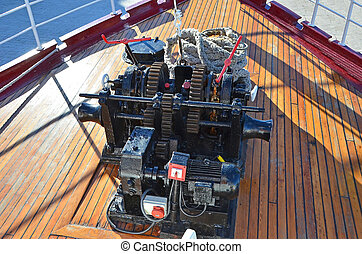 Anchor winch with chain