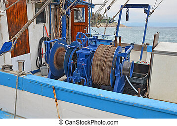 Anchor winch with hawser - Anchor winch mechanism with...