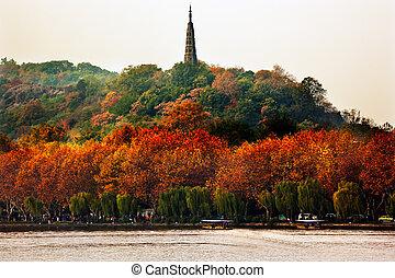 Ancient Baochu Pagoda West Lake Hangzhou Zhejiang China ....