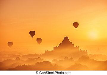 Ancient Buddhist Temples of Bagan Kingdom at sunrise....