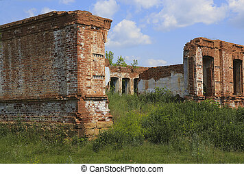 ancient destroyed brick building against the sky