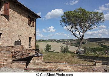 Ancient farmhouse in Tuscany