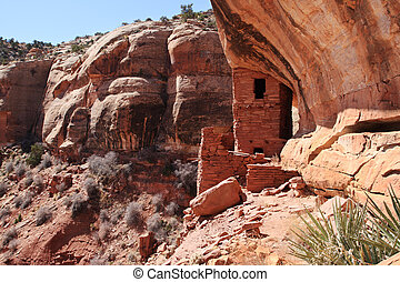 tower cliff dwelling