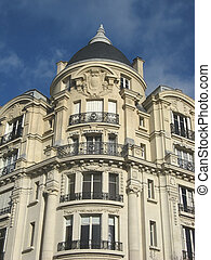 ancient parisian building - image of an ancien parisian...