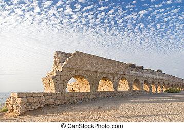 Ancient roman aquaduct