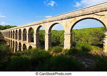 ancient roman aqueduct in Tarragona
