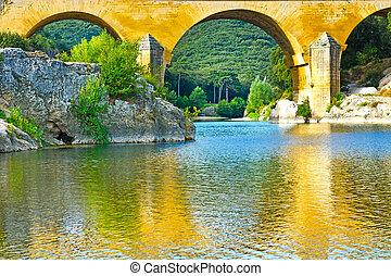 Aqueduct - Ancient Roman Aqueduct Pont du Gard
