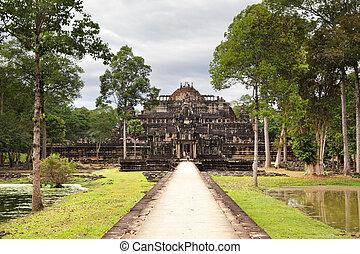 Ancient ruins of king's palace