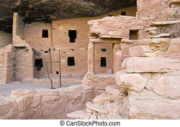Ancient ruins of pre-historic Indian cultures of American southwest and surroundings, Mesa Verde National Park