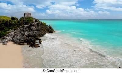 Ancient Tulum Mayan ruins beach - Ancient Tulum Mayan ruins...