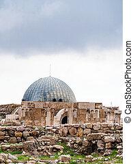 ancient Umayyad Palace at Amman Citadel in winter - Travel...
