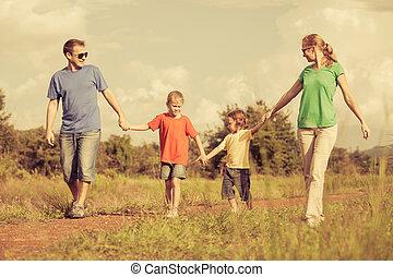 andar, estrada, família, Feliz