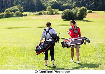 andar, golfe, par, verde, golfing, vista traseira