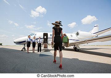 andar, mulher, jato, privado, terminal, aeroporto, direção