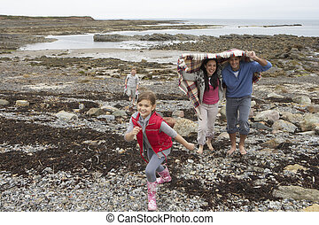 andar, praia, família