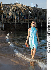 andar, praia, menina, loura