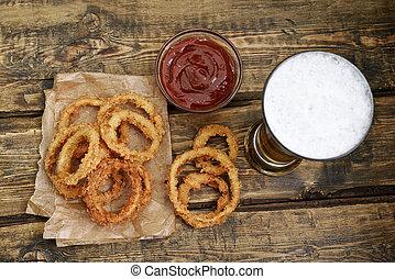 anelli cipolla, vetro, birra, fritto, salsa