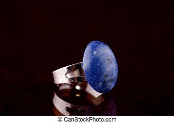 anello blu, pietra
