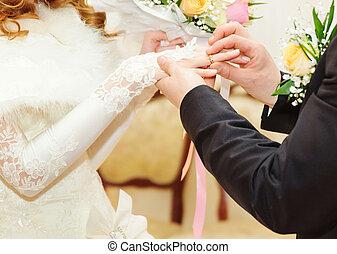 anello, sposo, mettere, sposa, dito