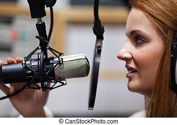 anfitrião, rádio, falando