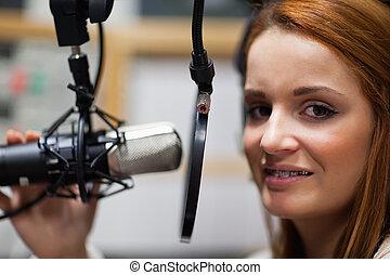 anfitrião, rádio, posar