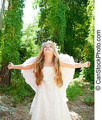 angelo, bambini, braccia, ali, foresta, bianco, aperto, ragazza