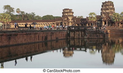 Angkor vat time lapse - Time lapse at dusk in Angkor wat,...