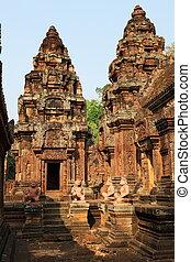 Angkor Wat ruins at sunset