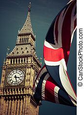 angleterre, drapeaux, dans vent, devant, grand ben, londres, royaume-uni