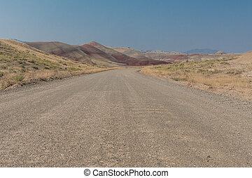 angolo basso, di, strada immondizia, a, colline verniciate