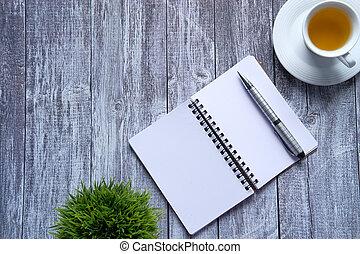 angolo, blocco note, vista, tè alto, penna, tavola, aperto